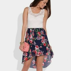 [Deb] Sweetheart lace and floral sun dress.